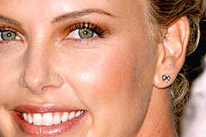 175987 charlize theron